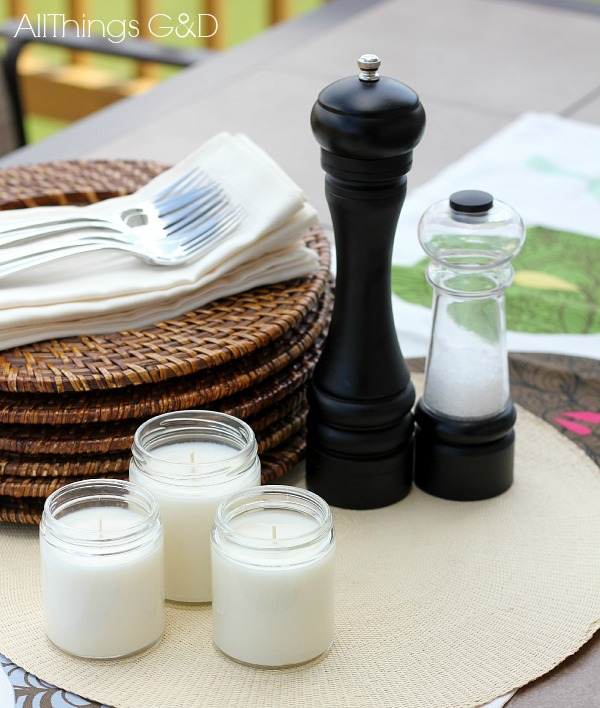 DIY Citronella Candles - the perfect accessory for outdoor dining! | www.allthingsgd.com