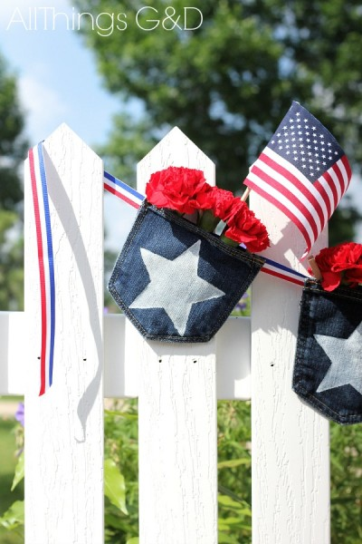 Patriotic Denim Pocket Bunting - make them from a pair of old blue jeans and fill with whatever you'd like! | www.allthingsgd.com