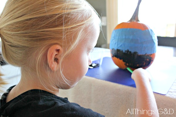 Kid-Friendly no-carve pumpkin decorating ideas from All Things G&D for Homes.com.
