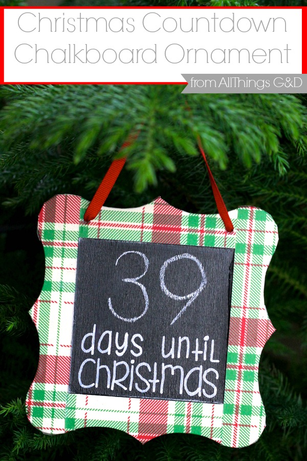 Enjoy counting down to the days until Christmas with this DIY Countdown Chalkboard Ornament! | www.allthingsgd.com