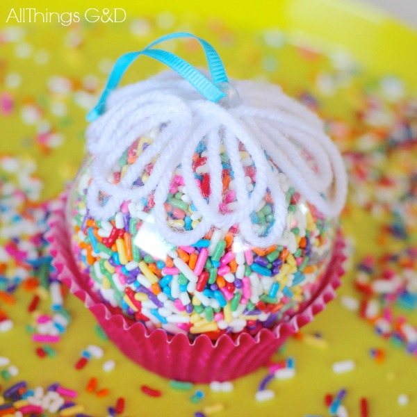 Cupcake-ornament-DIY
