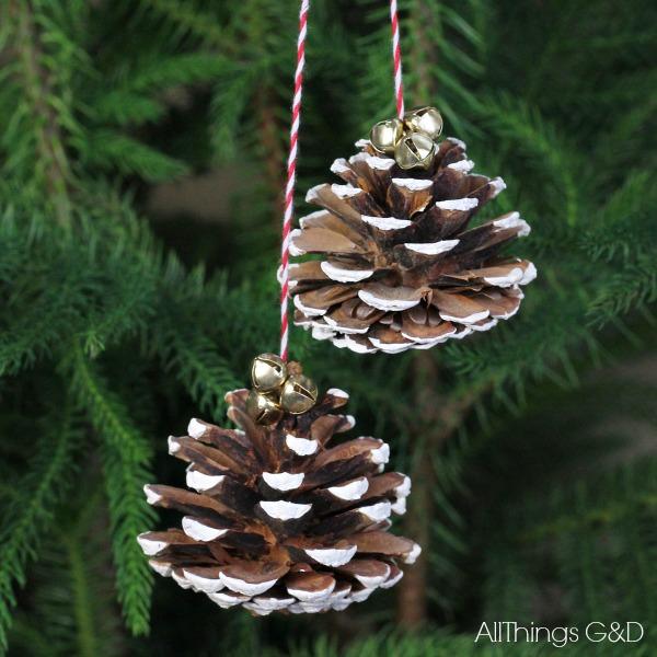 Painted-Pinecones_Ornament-DIY