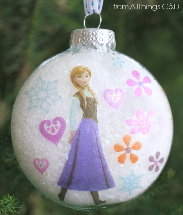 DIY Princess Anna Ornament made using tattoos - it couldn't be easier! | www.allthingsgd.com #PrincessAnna #Frozen #AnnaOrnament #FrozenOrnament