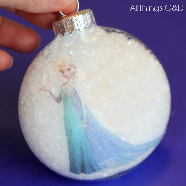 DIY Princess Elsa Ornament made using stickers and a tattoo - it couldn't be easier! | www.allthingsgd.com #Elsa #Frozen #ElsaOrnament #FrozenOrnament