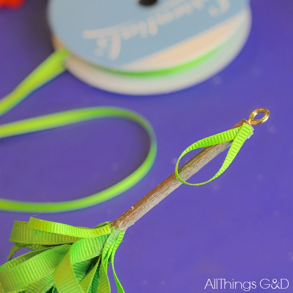 DIY #ornament made using a tree stick and ribbon! | www.allthingsgd.com #repurpose #christmascraft #handmade