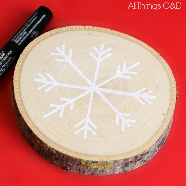 DIY Wood Slice Snowflake Ornament | www.allthingsgd.com