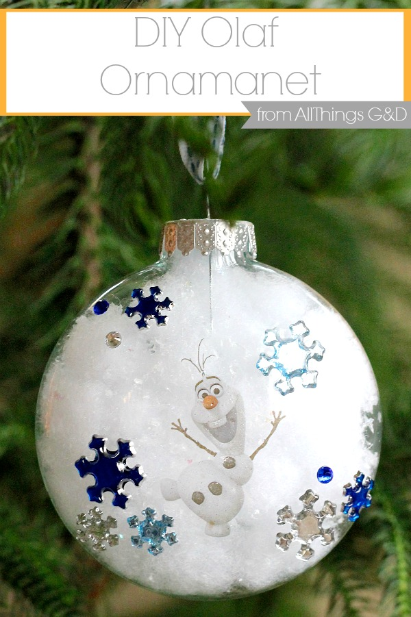 DIY Olaf Ornament made using stickers and a tattoo - it couldn't be easier! | www.allthingsgd.com #Olaf #Frozen #OlafOrnament #FrozenOrnament