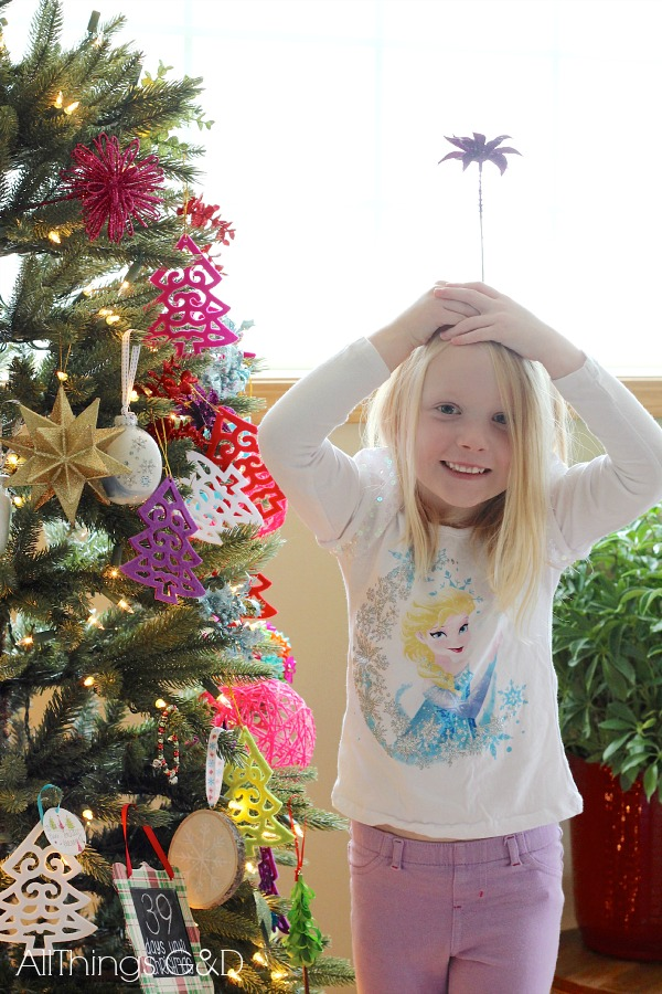 Kate's 2014 Christmas tree - full of personality just like our girl! | www.allthingsgd.com