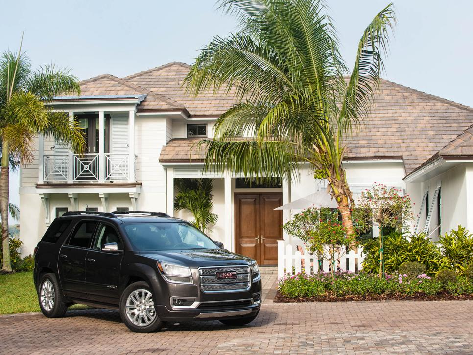GMC-Acadia-HGTV-dream-home