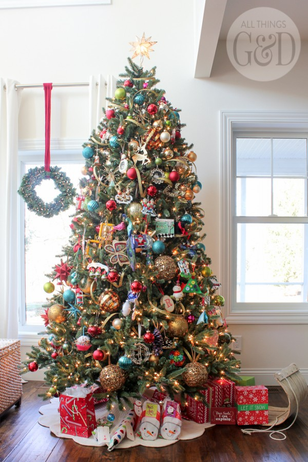 Classic-Christmas-Decorations-10b