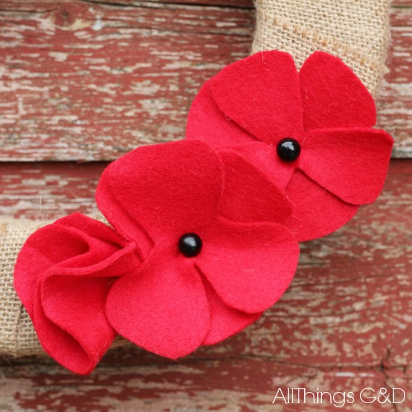DIY Felt Poppies