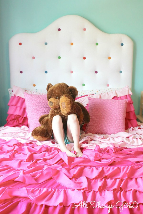 A sweet, fun, and cheerful polka dot headboard - perfect for a little girl's room! | www.allthingsgd.com